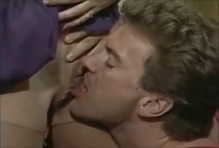 Retro oral sex