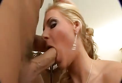 Mommy has just shaved her pussy