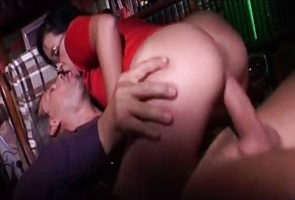 Nerdy cutie is sucking his long dick