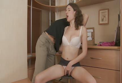 Young girl likes fucking from behind