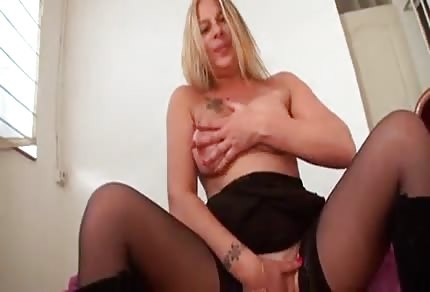Blonde mommy is playing with her lover