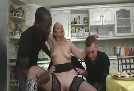 Mommy was fucked in the kitchen