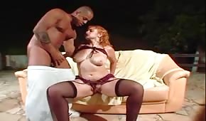 Hot chick likes sex outside
