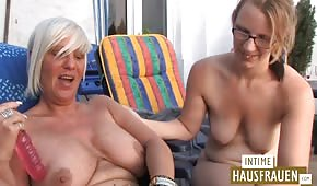 Young is having fun with an old German woman