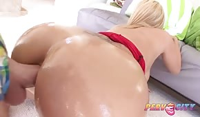 Oiled ass of a blondie