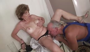 Oral porn with a mature wife