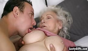 He kissed the submissive grandma's pipette