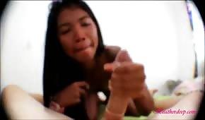 Skinny Filipina sucks a dick