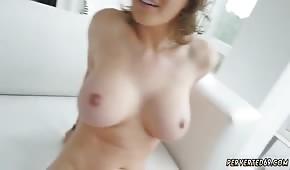 Krissy Lynn's redhead has excellent curves